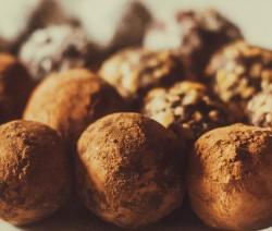peanutbutter-cheesecake-bites-stevia-rezept